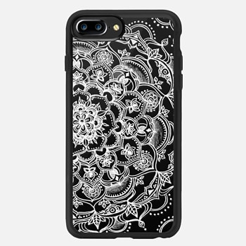 iPhone 7 Plus ケース Fancy White Lace Mandala on crystal transparent