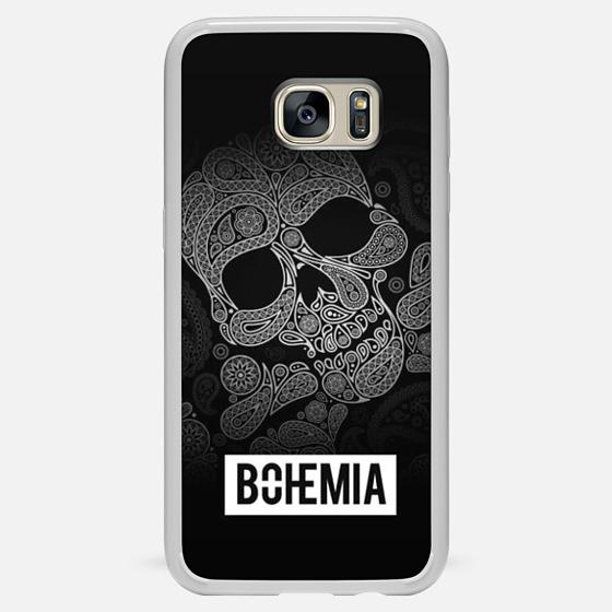 competitive price 6eddd 50387 Skull and Bones (iPhone 7)