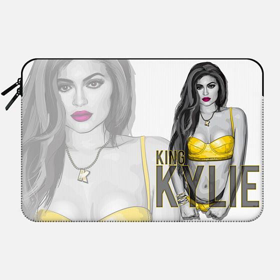 KING KYLIE Jenner - Macbook Sleeve