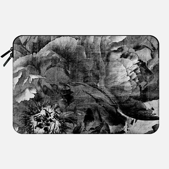 goth peony - Macbook Sleeve