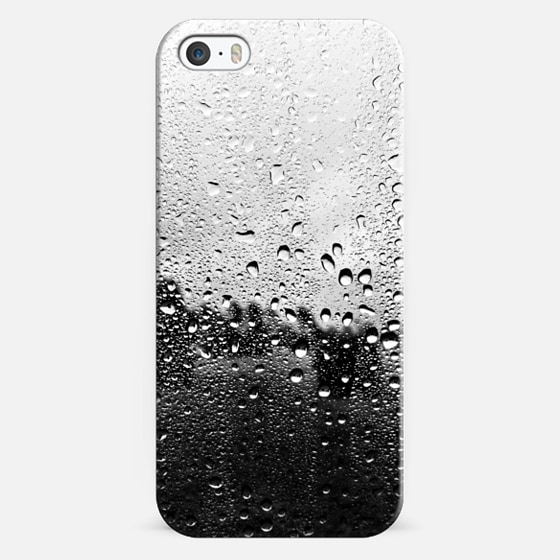 wet iphone 5 iphone 5s by hardy casetify 13290
